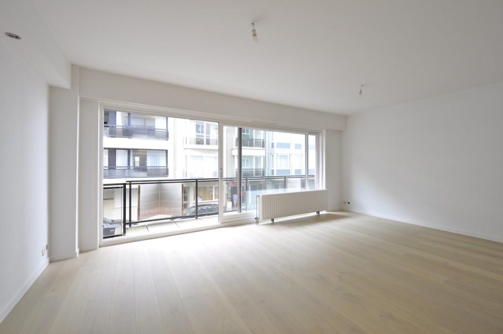 Appartement 2 CH Knokke le Zoute - vue mer de biais Loué