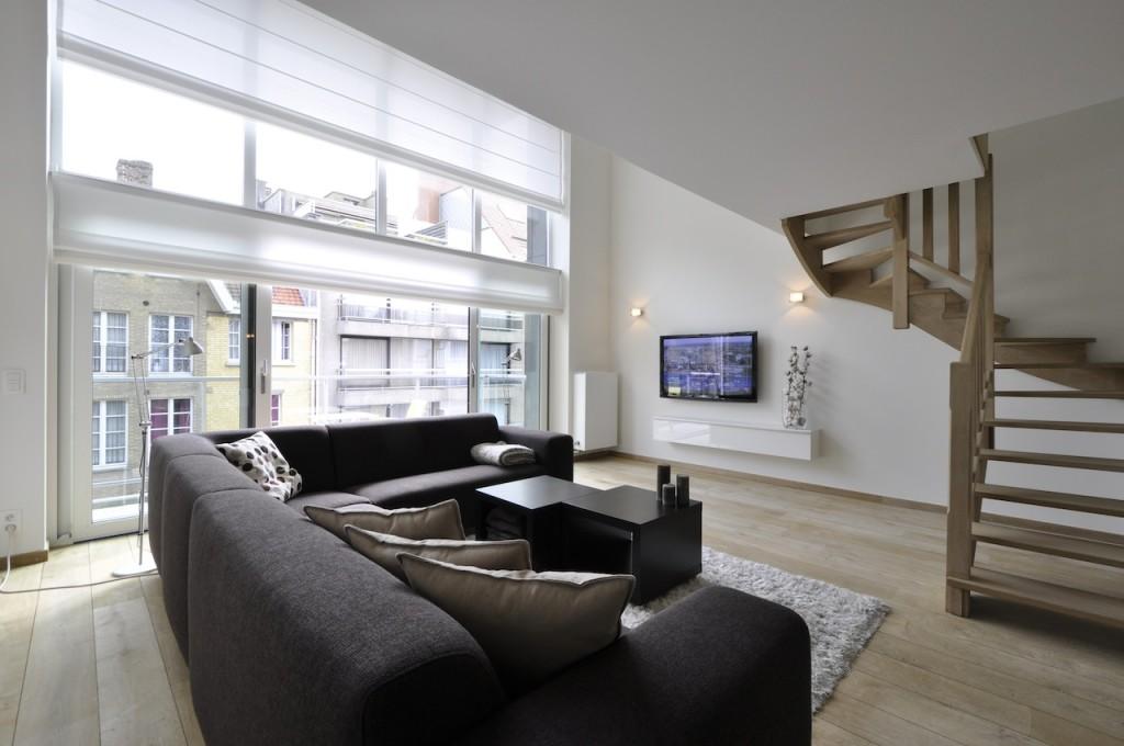 Ventes appartement t4 f4 knokke heist mezzanine prestigieus vastgoedkantoor gevestigd in for Mezzanine in de woonkamer