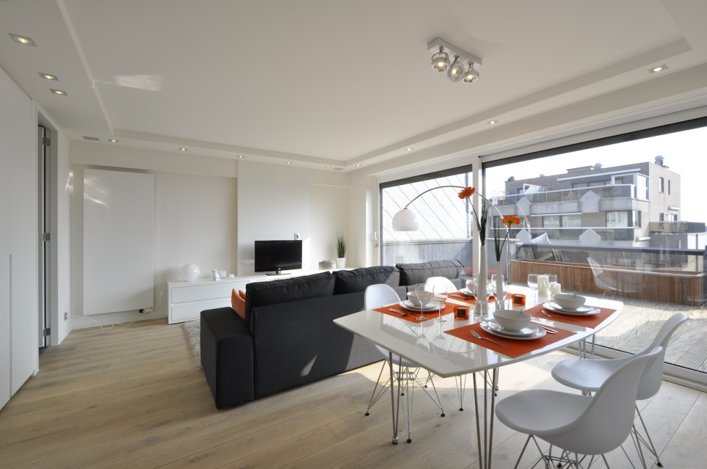 Ventes appartement t2 f2 knokke heist penthouse agence for Location appartement design