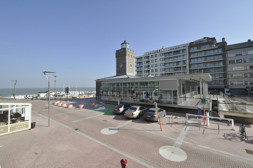Ventes appartement t3 f3 knokke heist lichttorenplein for Agence immobiliere knokke