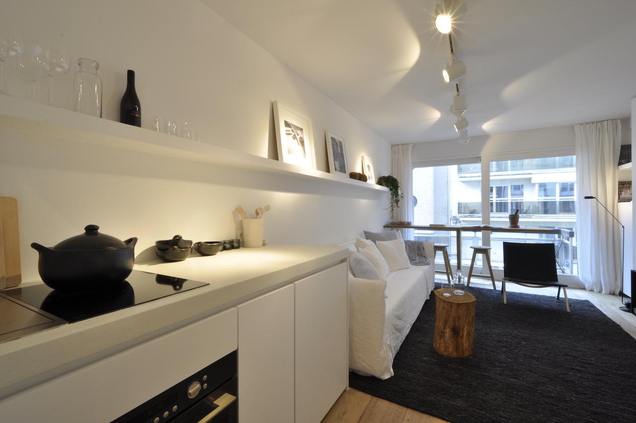 Ventes studio t1 f1 knokke heist studio met slaaphoek for Lijst inrichting huis