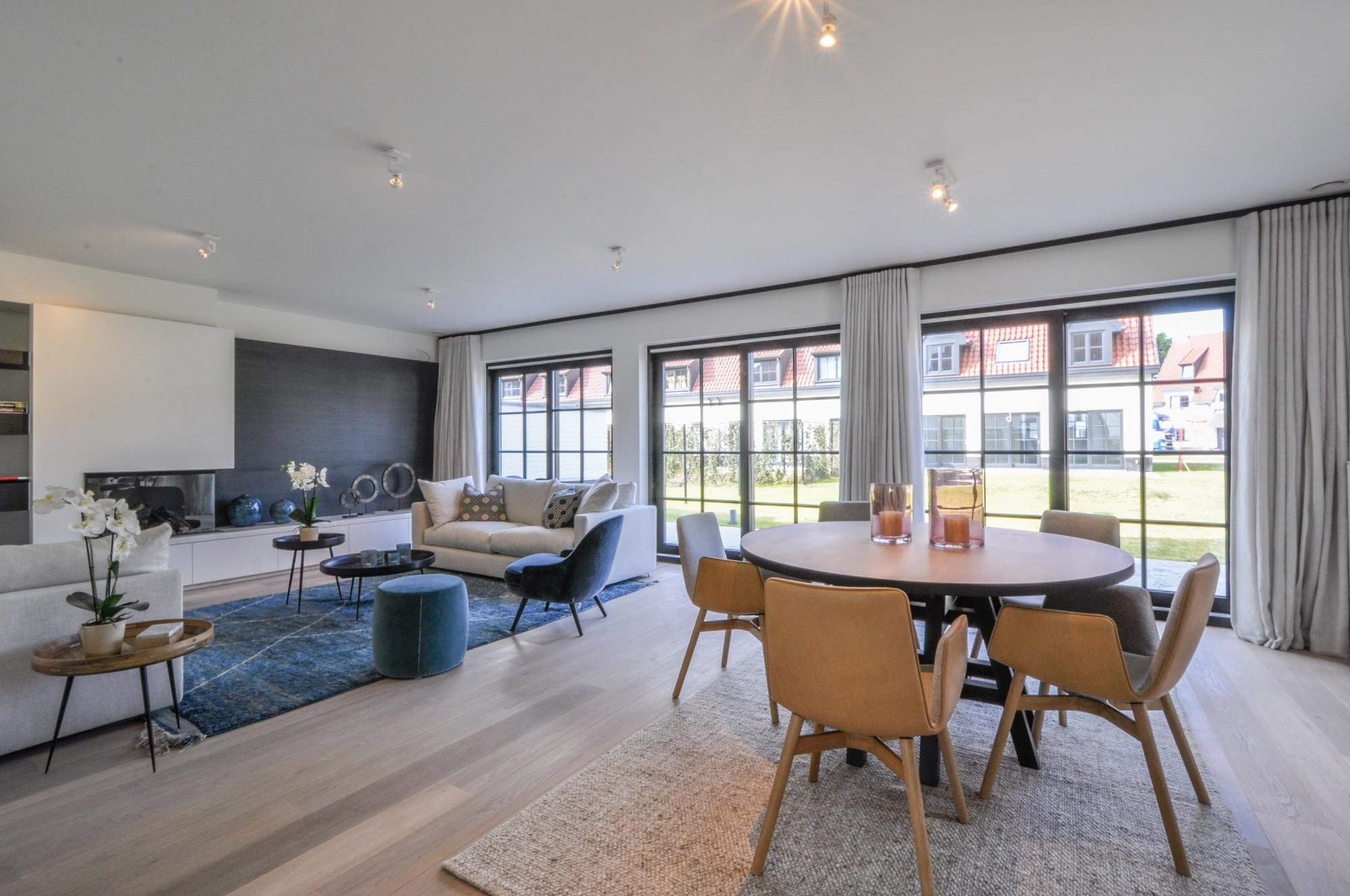 Te huur appartement 3 slaapkamers Knokke-Heist Zeedijk garage terras ...