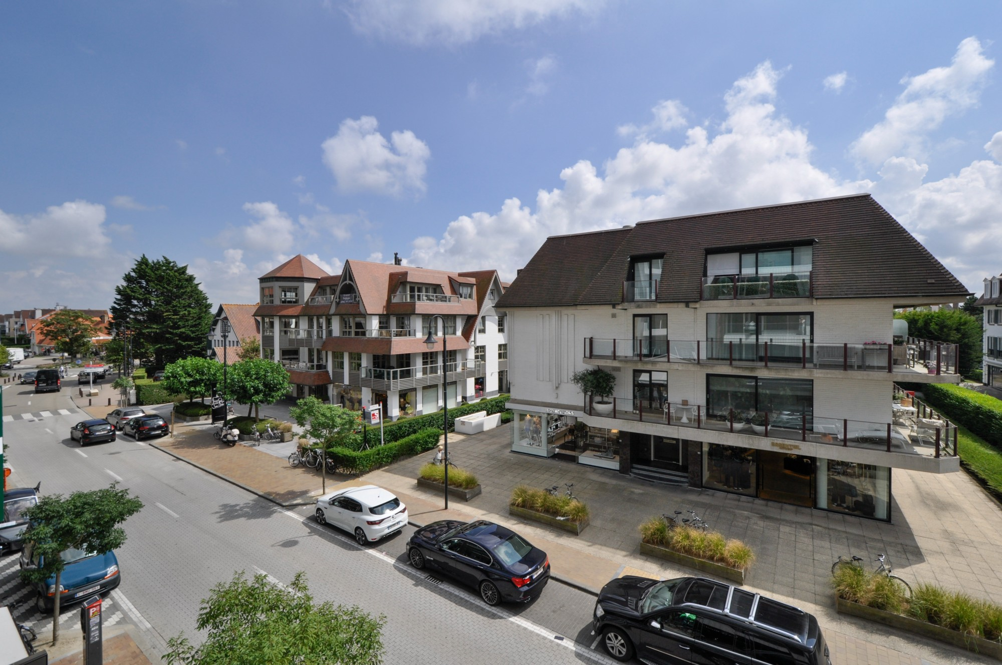 Ventes appartement t2 f2 knokke zoute kustlaan aan for Agence immobiliere knokke