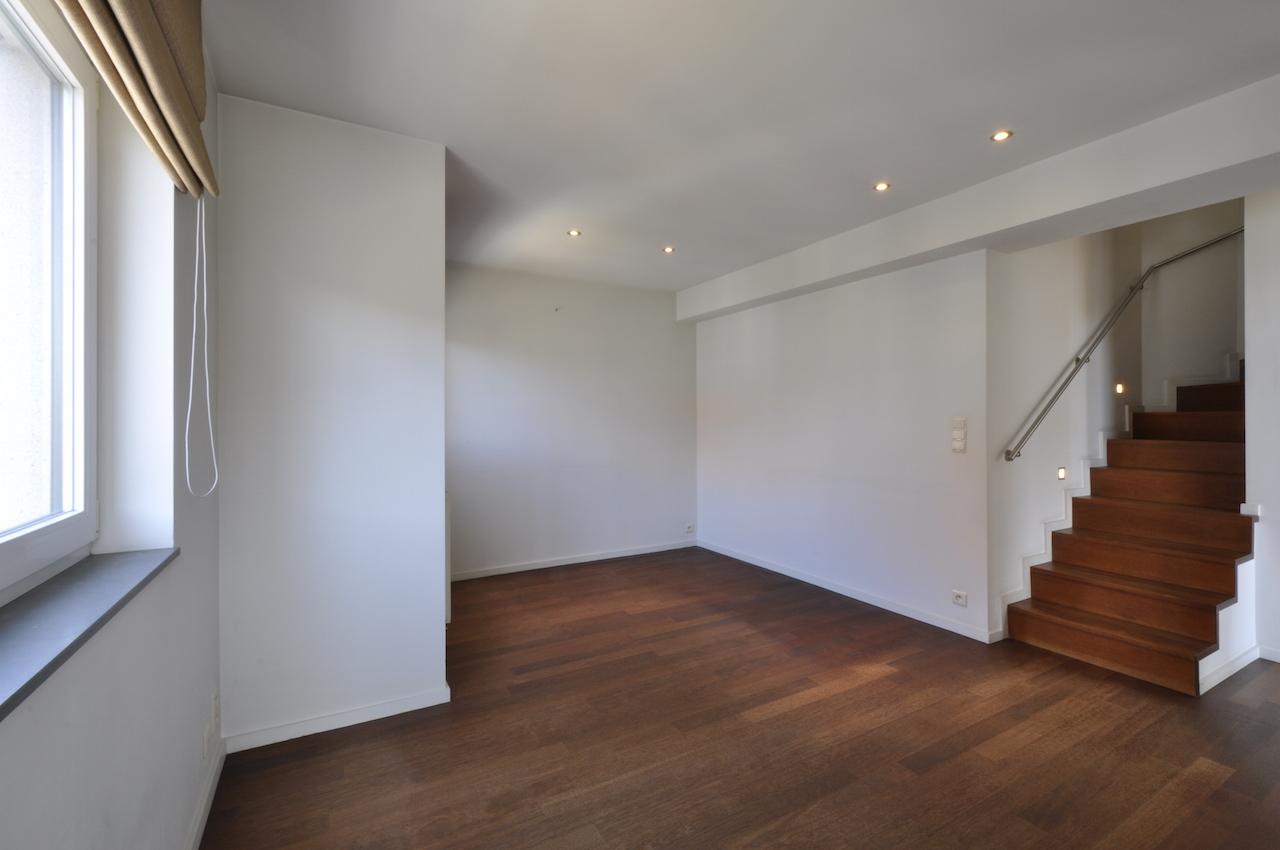 Ventes appartement t4 f4 knokke heist hoekappartement duplex met mezzanine prestigieus - Mezzanine woonkamer ...