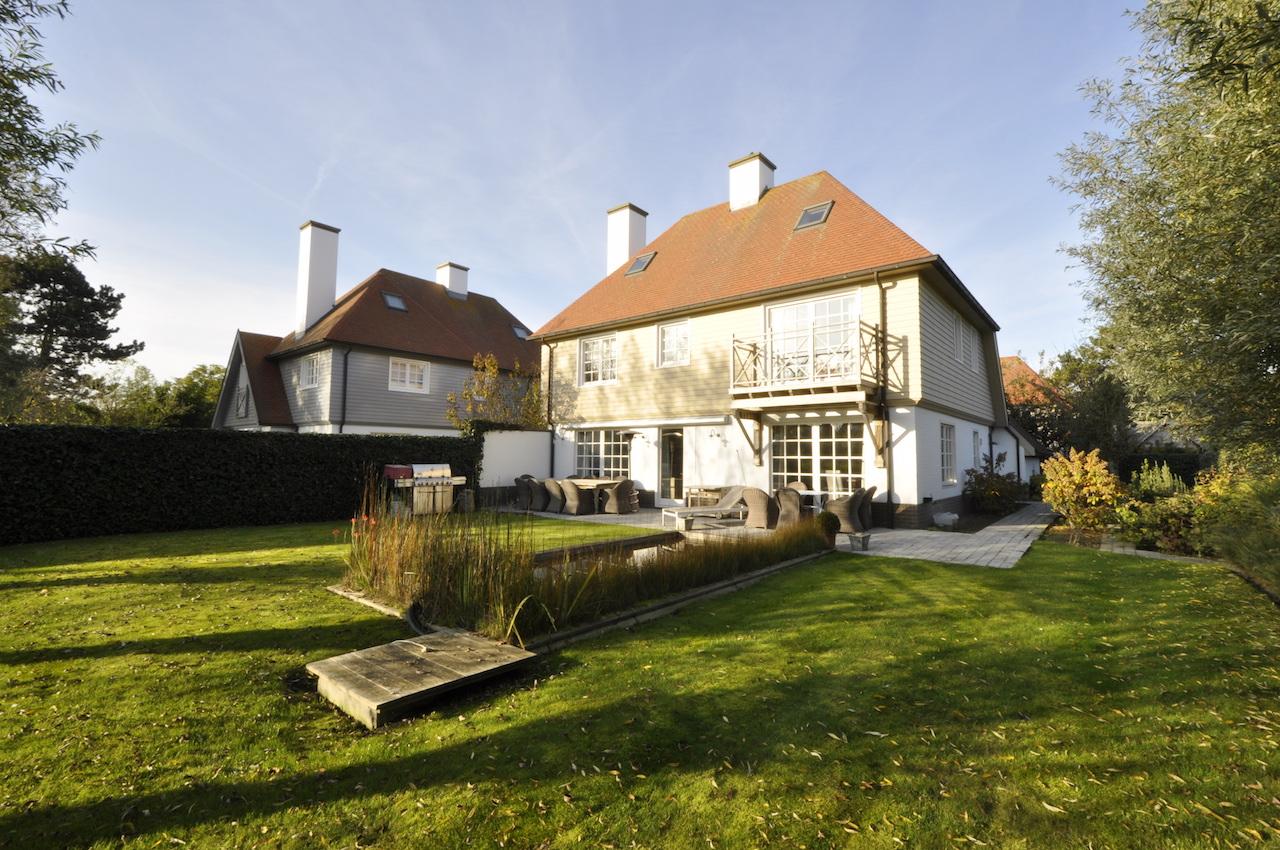 Ventes villa t5 f5 knokke heist cottage 3 gevel woning for Le jardin knokke