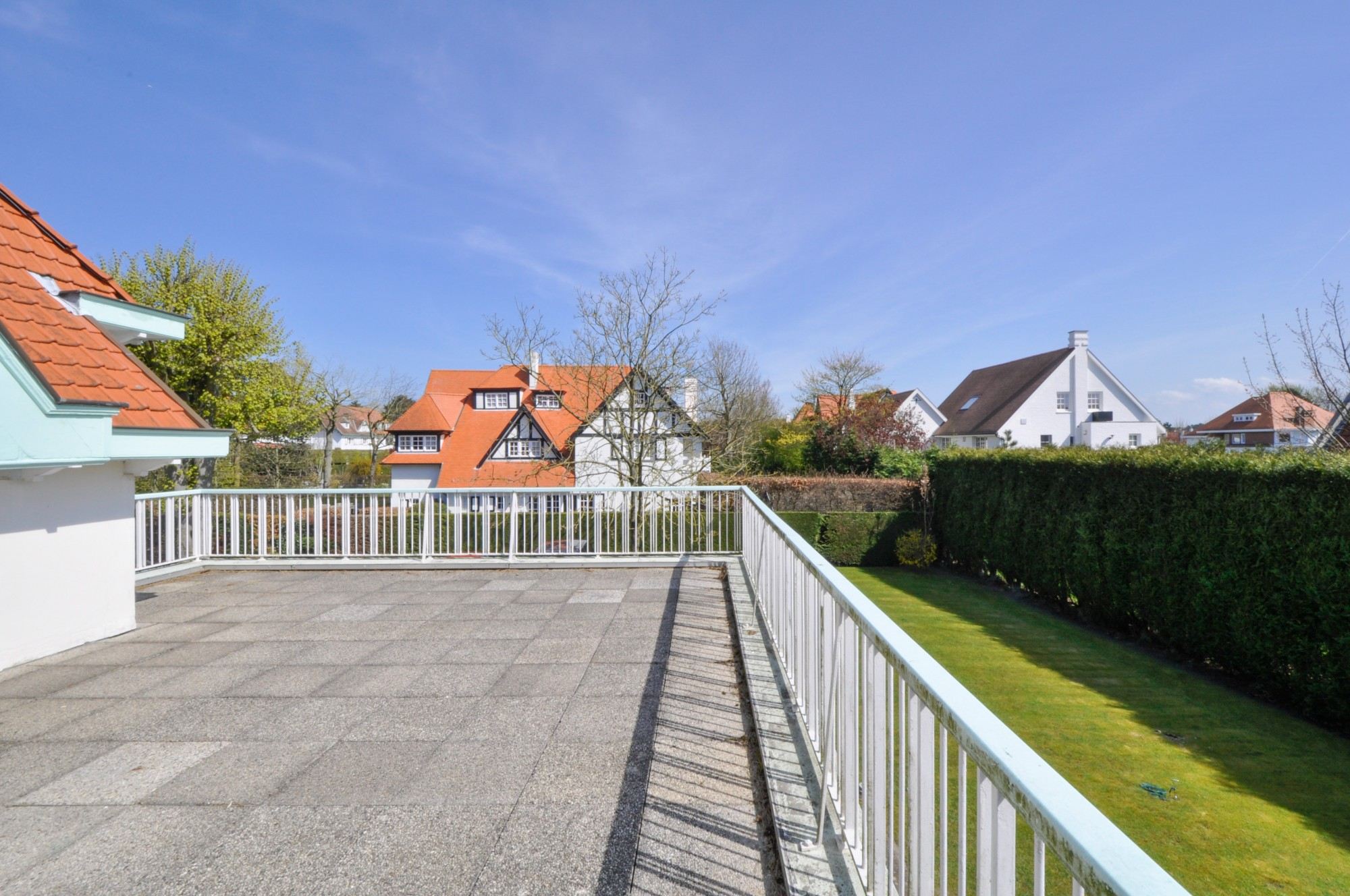 Ventes villa t7 f7 knokke zoute sable d 39 or fochlaan for Agence immobiliere knokke
