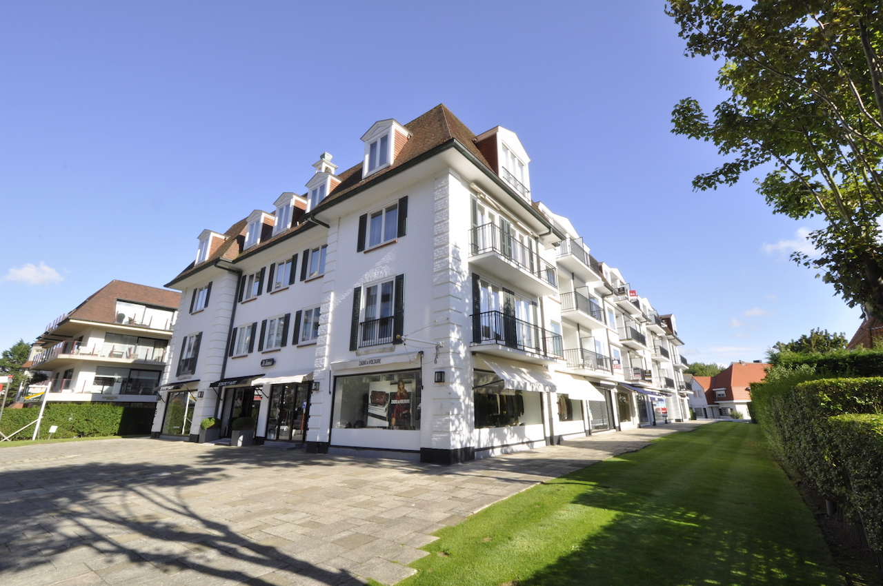 Location Commerce 1 CH Knokke-Zoute - Local commercial Kustlaan / Res. St-James
