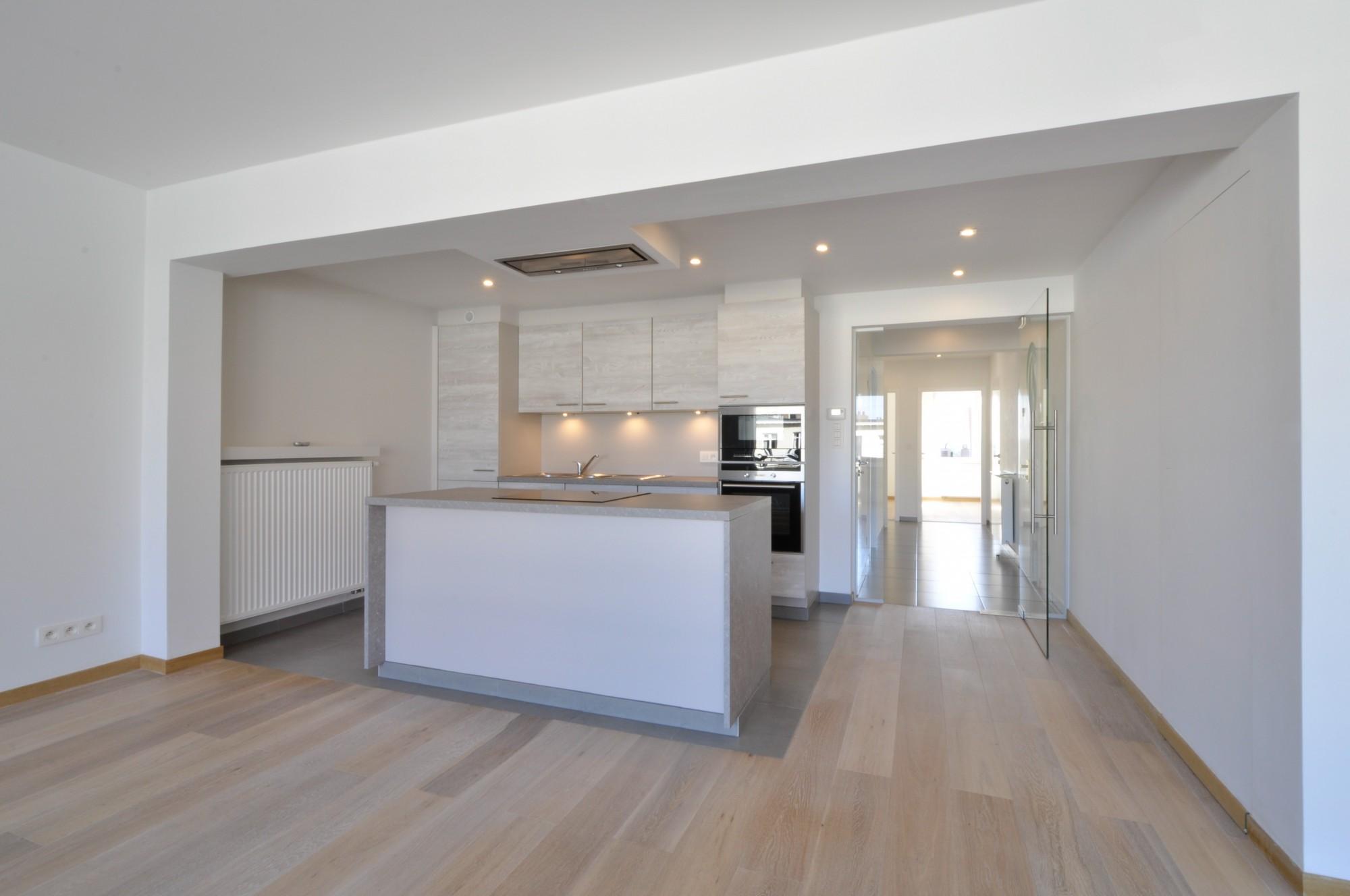Verhuur Appartement T2 F2 Knokke-Heist - gerenoveerd en lichtrijk ...