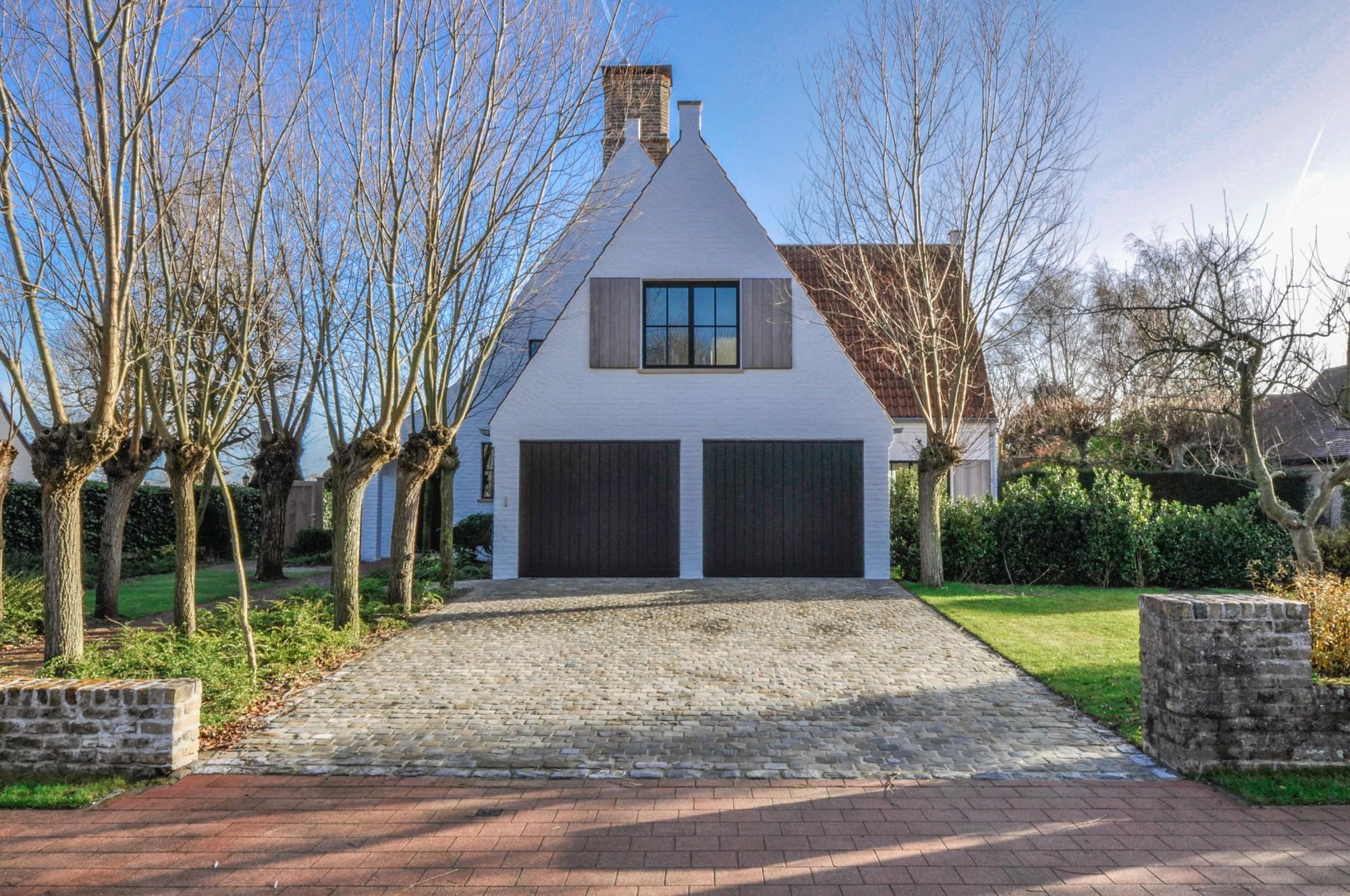 Renovatie Badkamer Knokke : Verkoop villa t f knokke zoute tijdloze renovatie