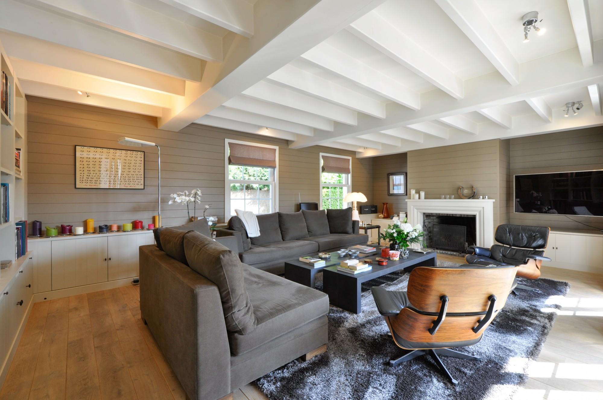 ventes villa knokke heist alleenstaande villa in long island stijl prestigieus vastgoedkantoor. Black Bedroom Furniture Sets. Home Design Ideas