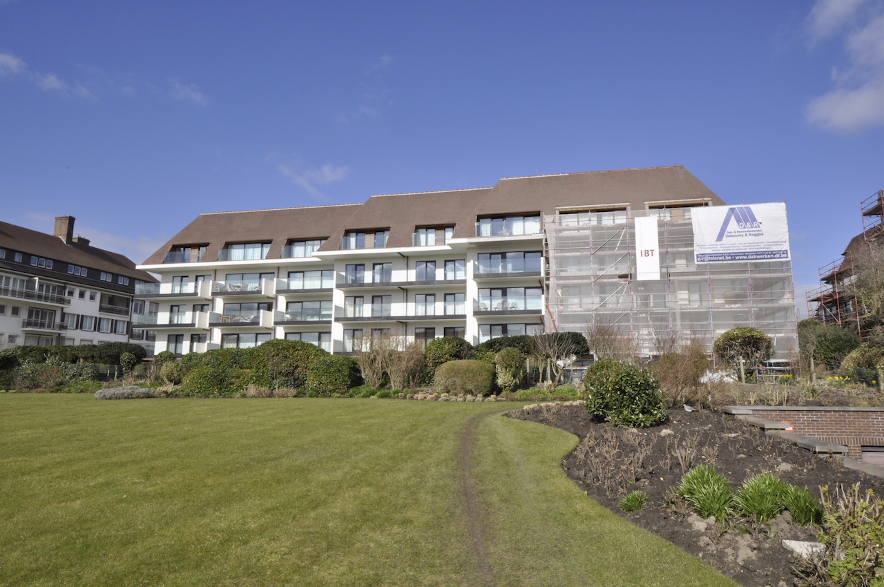Ventes appartement t2 f2 knokke zoute villaresidentie for Agence immobiliere knokke