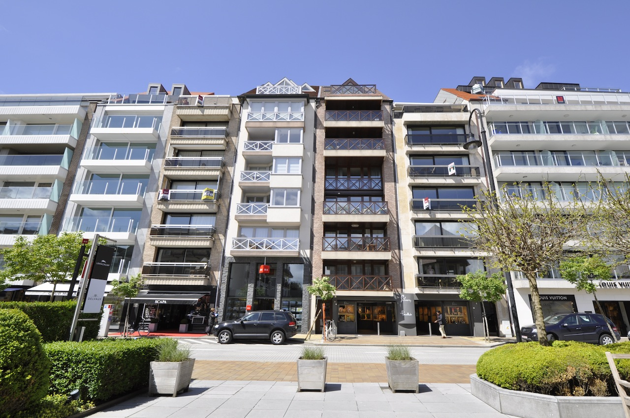 Locations appartement t2 f2 knokke zoute kustlaan agence for Locations agences immobilieres