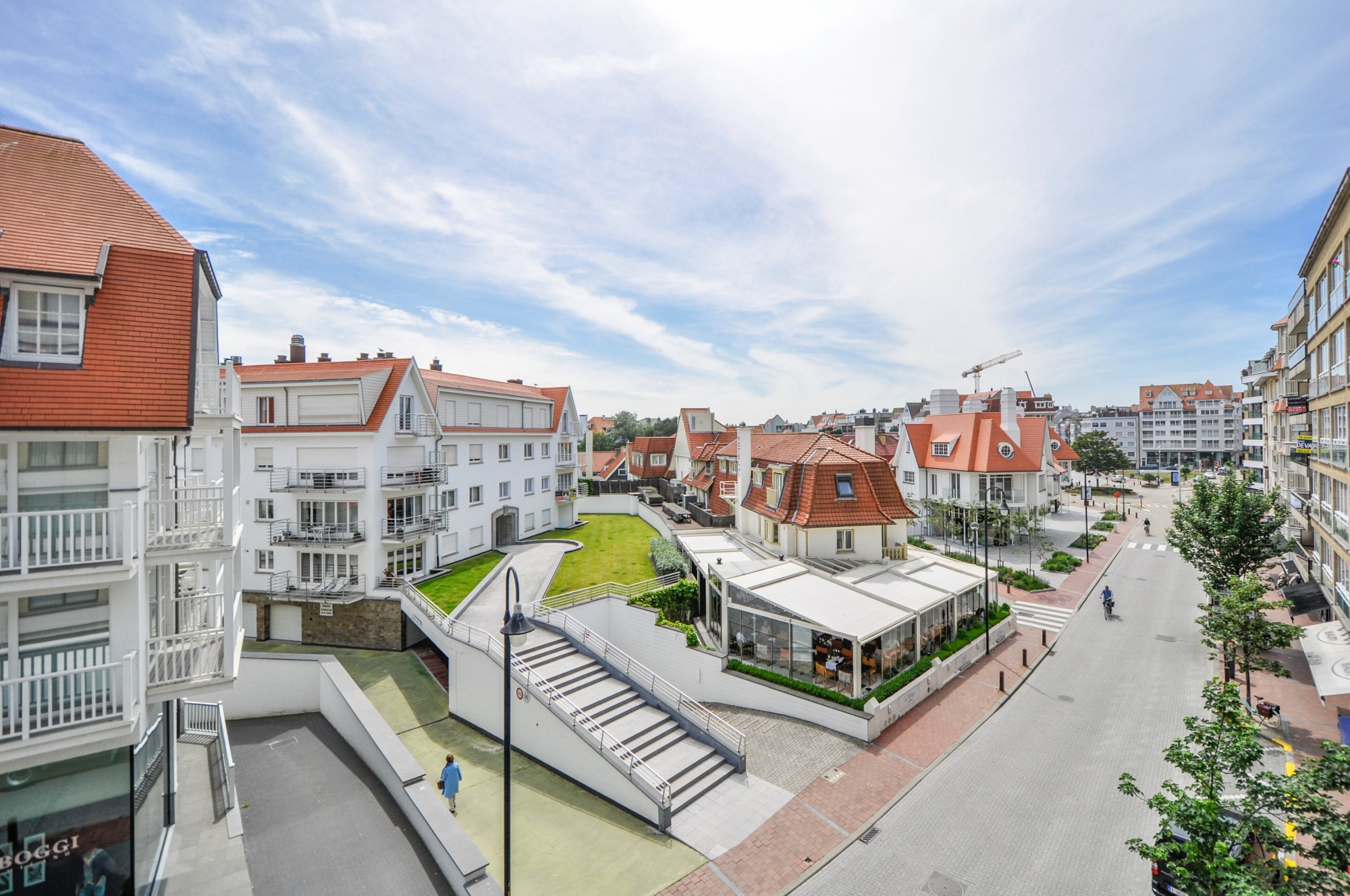 Verkoop appartement t2 f2 knokke zoute kustlaan for Huizenverkoop site