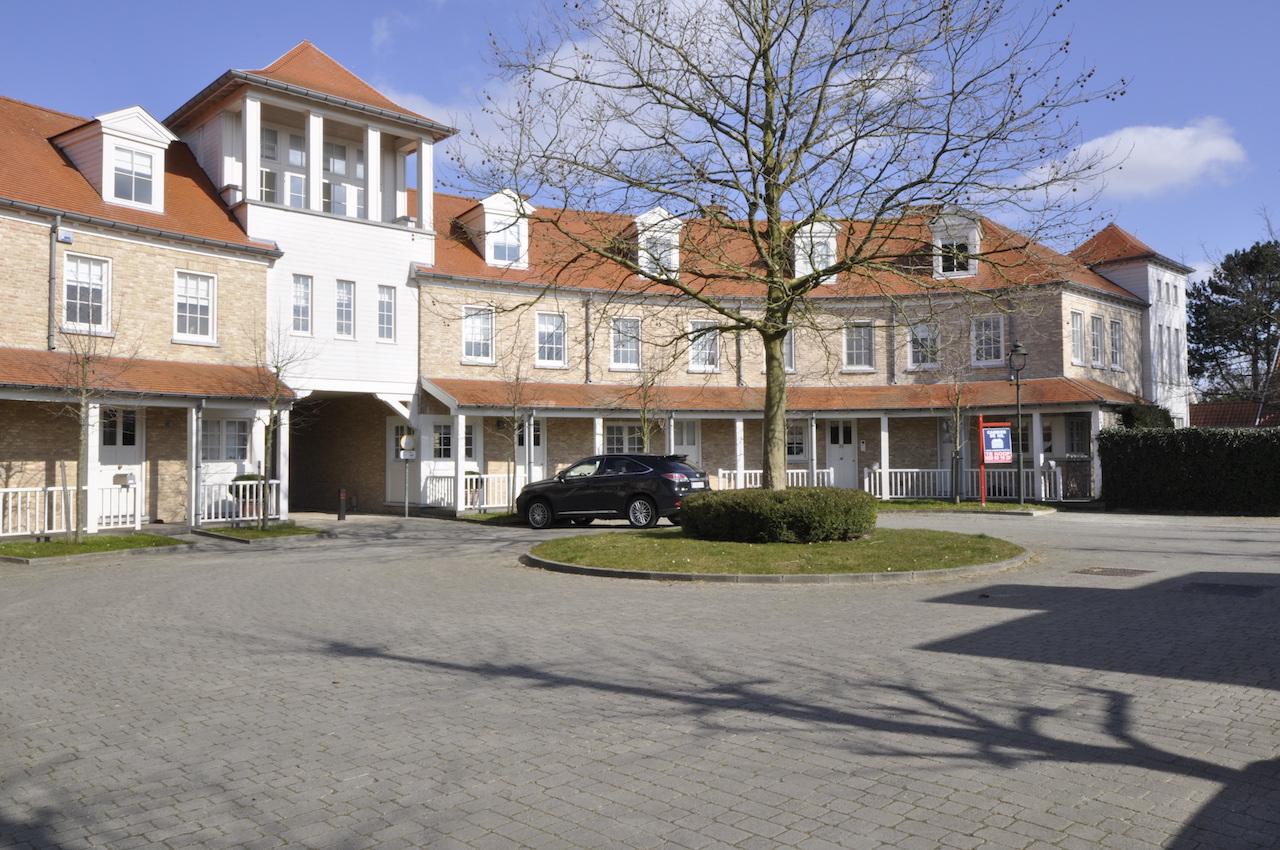 Verkoop huis t4 f4 knokke heist kasteel witte duivenhof for Huis verkoop site