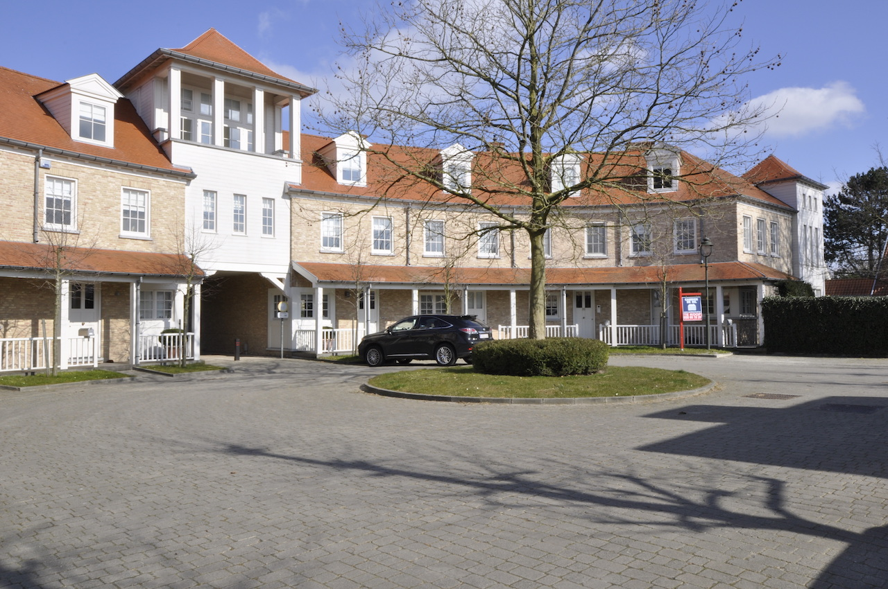 Ventes huis t4 f4 knokke heist kasteel witte duivenhof for Huizenverkoop site