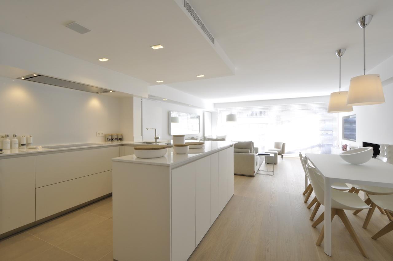 Ventes appartement t2 f2 knokke zoute kustlaan vlakbij driehoeksplein prestigieus - Keuken volledige verkoop ...