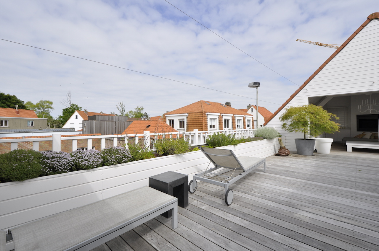 Ventes huis t4 f4 knokke zoute oosthoekplein agence for Agence immobiliere knokke