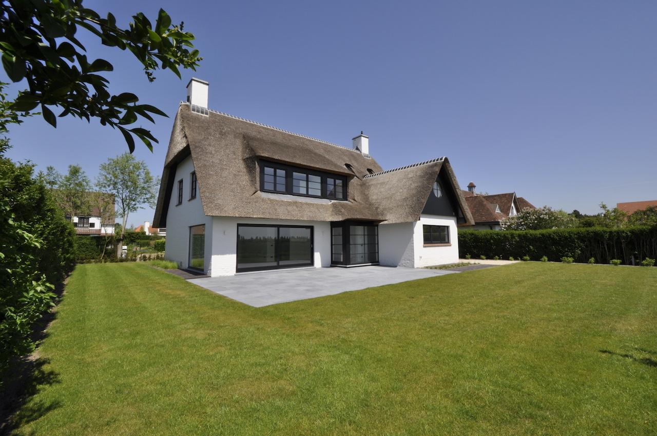 Ventes villa t5 f5 knokke zoute vauxelles aan for Huizen te koop belgie