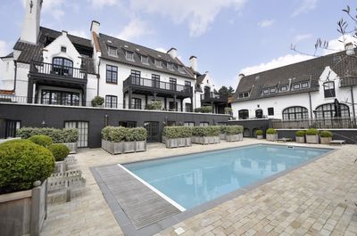 Location maison avec jardin grand terrain albertstrand for Le jardin knokke