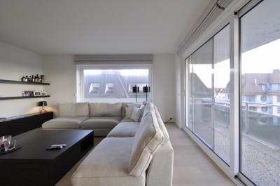 Vente Appartement 2 CH Knokke-Zoute - appartement de coin ensoleille avec vue mer de biais